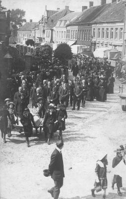 begrafenis slachtoffers bombardement