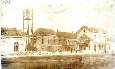 Stationsgebouw (2)