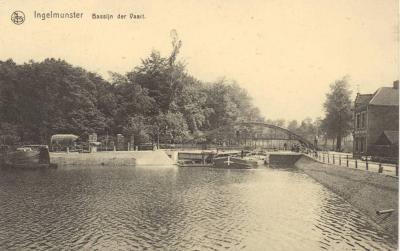 Zicht op de Centrumbrug met de Zwaaikom, Ingelmunster, ca 1910