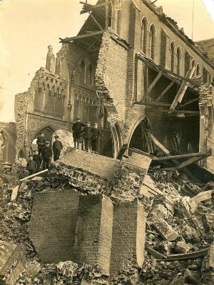 De verwoeste kerk, Lichtervelde