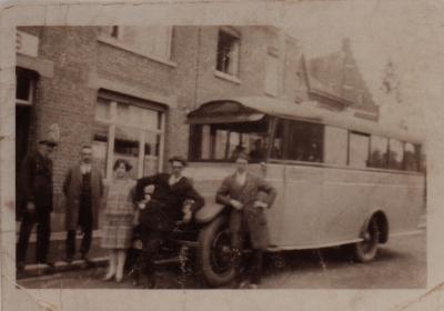 Vandenaweele oudste lijnbus