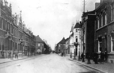 Burg. Vandenbogaerdelaan tijdens Eerste Wereldoorlog,  Izegem