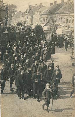 Begrafenis slachtoffers, rouwstoet Lichtervelde