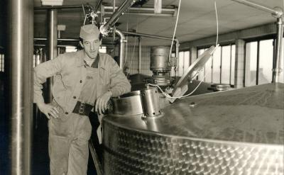 Karel Verhanneman in zuivelbedrijf De Toekomst (1948-1966), Moorslede