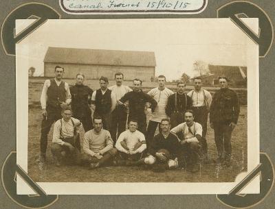 Voetbalploeg van 8ste linie, 14 oktober 1915
