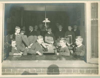 5e Latijnse klas bij Hil. Denys, 1914-1915, Roeselare