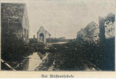 Verwoeste gebouwen in  buurt van Westrozebeke, 1917