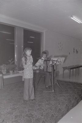 Zangcrochet, Staden 1975