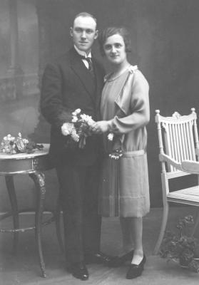 Huwelijksfoto Albert Vandommele en Bertha Vandenbroucke, 1927