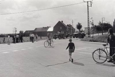 Betoging landbouwers op Menensteenweg, Moorslede augustus 1974