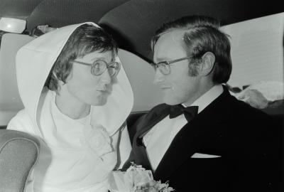 Fotoreportage van huwelijk van M. Vanneste, Moorslede december 1973