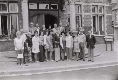 Amerikanen worden ontvangen op gemeentehuis, Moorslede juni 1973