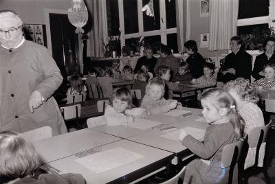 Opendeurdag in de kleuterschool, Moorslede februari 1973