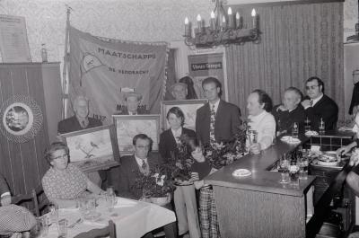 Viering vinkenkampioen café De Vierweg, Moorslede oktober 1972