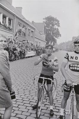 Avond van Vlaanderen: foto's van deelnemers, Moorslede augustus 1972