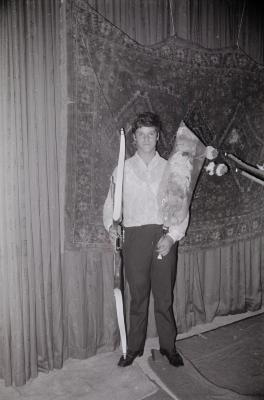 Huldiging kampioen boogschieten St.-Sebastiaan, Moorslede 1970