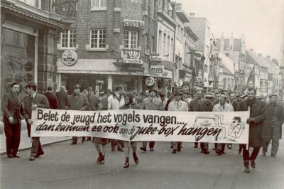 Betoging belet de jeugd