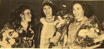 Batjesprinses Vivianna met de 2 eredames Christina en Christiane