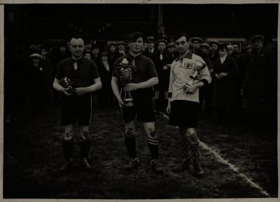 Winst voetbalbeker, 1937?