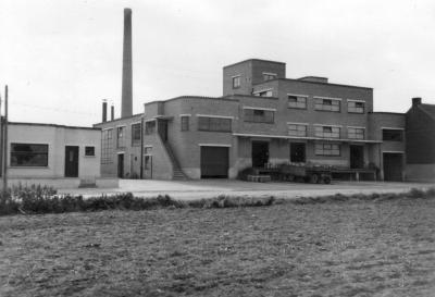 Melkerij W. Hennion en N. Van Speybroeck, Moorslede, 1942