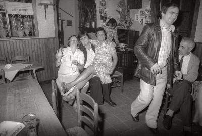 Feest in café Uilenspiegel, Moorslede 1976