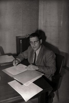 Ambtenaar, Gullegem 1976