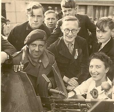 Izegem is bevrijd,  Izegem, 1944