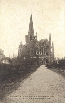 Beschadigde basiliek, Dadizele, november 1918