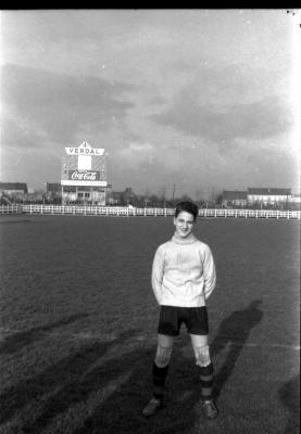 De voetbalkeeper, speler bij de kadetten, Izegem 1957