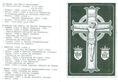 Herdenking aan de bouwvakkers van de firma Verstraete bij het bouwen van de kerk, Oostnieuwkerke