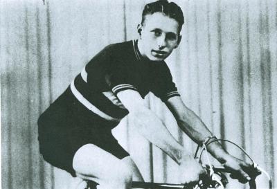 Renner Lucien Honore Victor, Oekene, 1952-1956