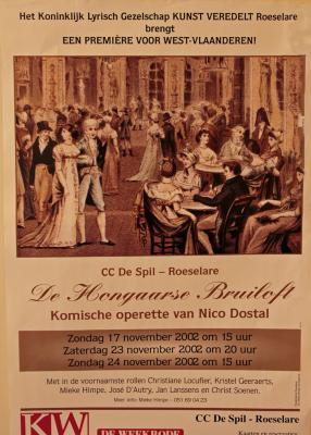 """Affiche van de Toneel- en Operetteopvoering """"De Hongaarse bruiloft"""" door het  Roeselaars Lyrisch Gezelschap """"Kunst Veredelt"""", Roeselare, 2002"""