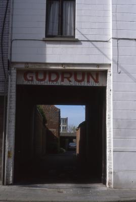 Ingang parochiezaal Gudrun, 1997