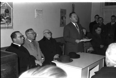 Inzegeningsplechtigheid gebouwen Middenstandssecretariaat, Werkhuizenstraat Izegem, 1959