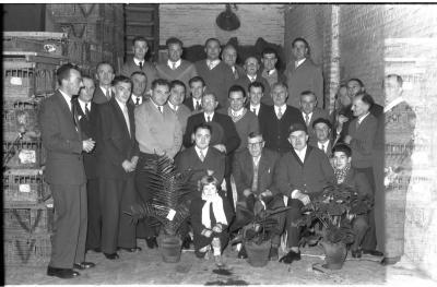 Boogschutters 'Willem Tell': groepsfoto, Izegem 1957