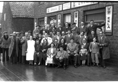 Café 'In de Roterij, Onbekendt - Baert': kampioenviering biljarten, Izegem 1957