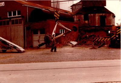 """Afbraak molen """"De grijspeerdmolen"""", Gits, 1980"""