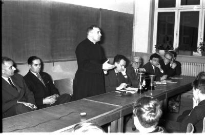 Kerstfeest Mandelclub en huldiging Theo Lezy, Izegem, 1959