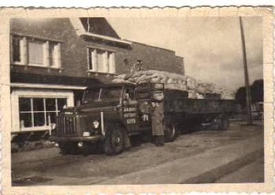 Vervoer Maes, Gits