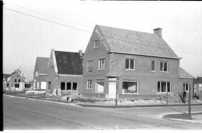 Huizen in opbouw: Berkenweg Hoek, Izegem 1958