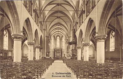 Binnenzicht kerk Lichtervelde