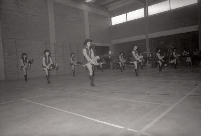 Lenteconcert: optreden majorettenkorps, Moorslede april 1978