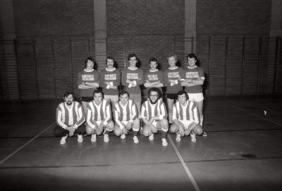 Minivoetbal: groepsfoto Moerkerke -David, Moorslede februari 1978